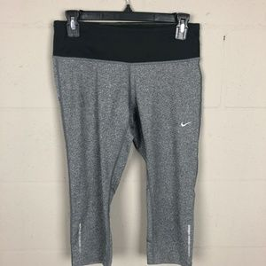 Nike Dri-fit Women's Capri Leggings Size S Gray D2
